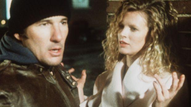 Bei einer Undercover-Aktion wird Eddies (Richard Gere, l.) Kollege kaltblütig...