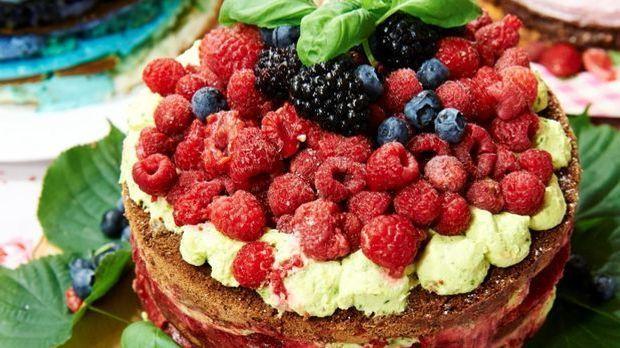 """Naked Cake – Kathys """"Himbeer meets Basilikum"""""""