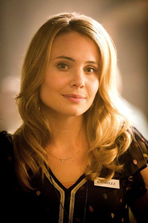 Spielt eine wichtige Rolle im Plan der Urvampire: Camille (Leah Pipes) ... - Bildquelle: Warner Bros. Television