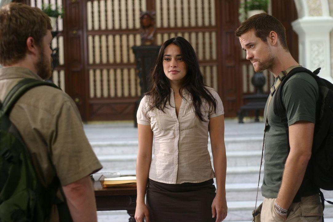 Gordon (Elden Henson, l.) bemerkt sofort, dass zwischen Jack (Shane West, r.) und Maria (Natalie Martinez, M.) etwas läuft ...