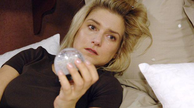 Anna (Jeanette Biedermann) ist niedergeschlagen, als sie erkennen muss, dass...
