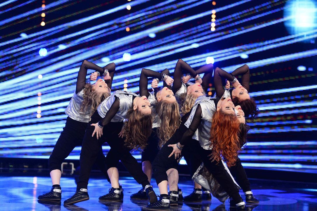 Got-To-Dance-Holodeck-SkillZ-05-SAT1-ProSieben-Willi-Weber-TEASER - Bildquelle: SAT.1/ProSieben/Willi Weber