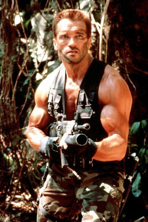 Im Auftrag der Regierung leitet Major Dutch (Arnold Schwarzenegger) eine Truppe von Elite-Soldaten für Sondereinsätze, die im Dschungel Gefangene... - Bildquelle: 20th Century Fox Film Corporation