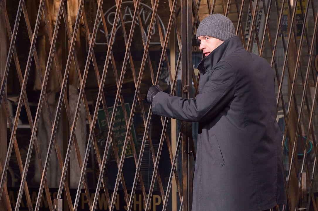 Eph (Corey Stoll) will seine Ex-Frau und ihren Sohn vor den Infizierten warnen, doch wird sie ihm glauben? - Bildquelle: 2014 Fox and its related entities. All rights reserved.