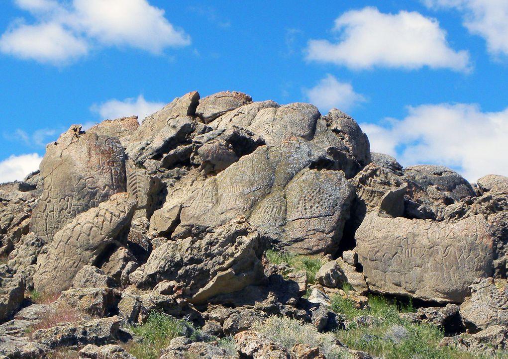 Seltsame Steinformationen aus dem Jahr 8.000 v. Chr., unerklärliche Beobachtungen in der neuen fremden Welt und angsteinflößende Ereignisse im ameri... - Bildquelle: Larry Benson