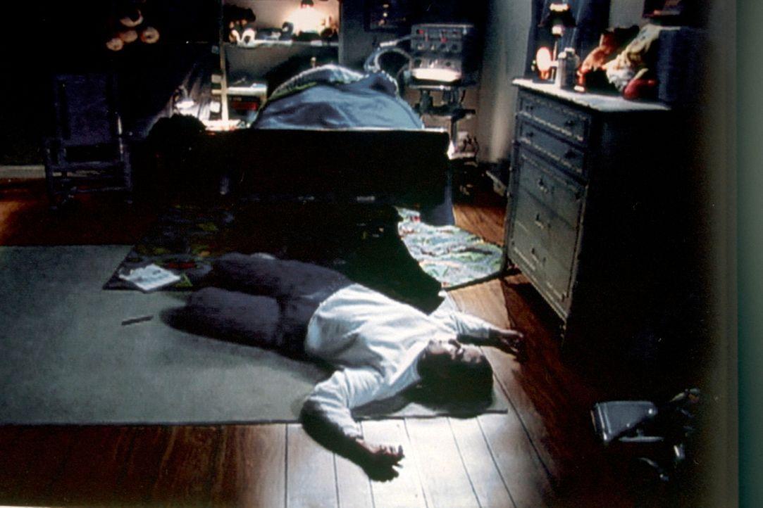 Auch Trevors Pflegerin und Nachtschwester Janice Sanders wird von dem Killer ermordet ... - Bildquelle: Randy Jacobson New Dominion Pictures, LLC