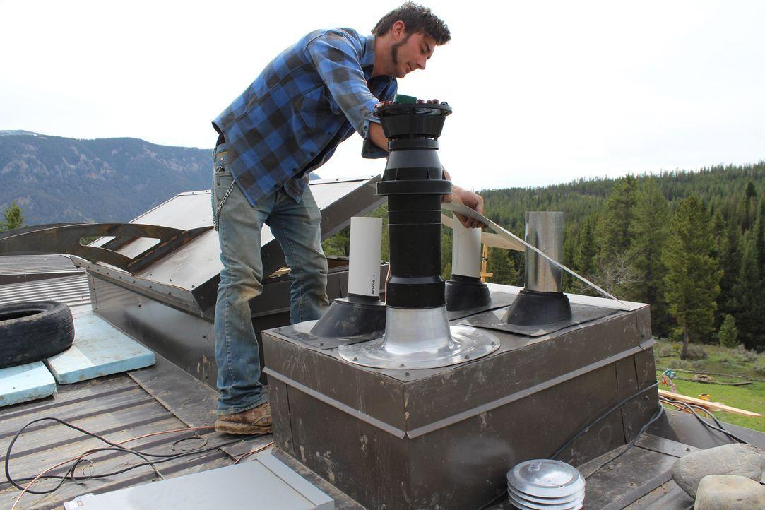 Reynolds und sein Team (Foto) von 50 Praktikanten wollen innerhalb von vier Wochen ein Haus in Big Sky, Montana, bauen. Werden sie es schaffen, das... - Bildquelle: 2013, HGTV/Scripps Networks, LLC. All Rights Reserved.