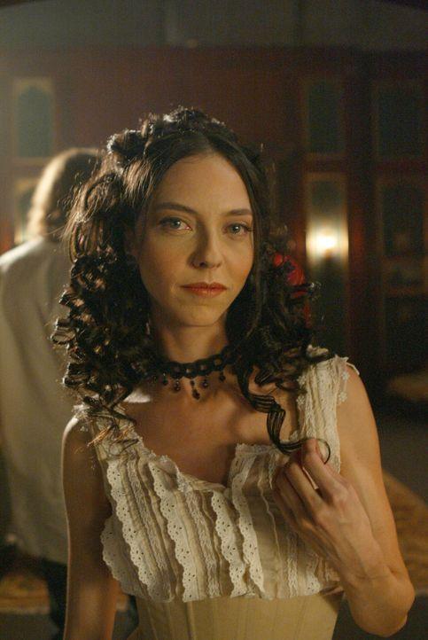 London des späten 19. Jahrhunderts: Drusilla (Juliet Landau) hat Spike gerade zum Vampir gemacht ... - Bildquelle: The WB Television Network