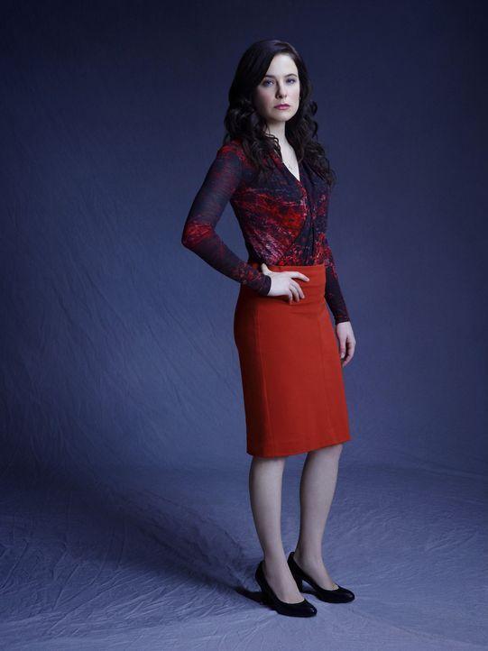 (1. Staffel) - Dr. Alana Bloom (Caroline Dhavernas) ist Beraterin des FBI. Zwischen Arbeit und Privatleben versucht die ehemalige Schülerin von Dr.... - Bildquelle: Robert Trachtenberg 2013 NBCUniversal Media, LLC