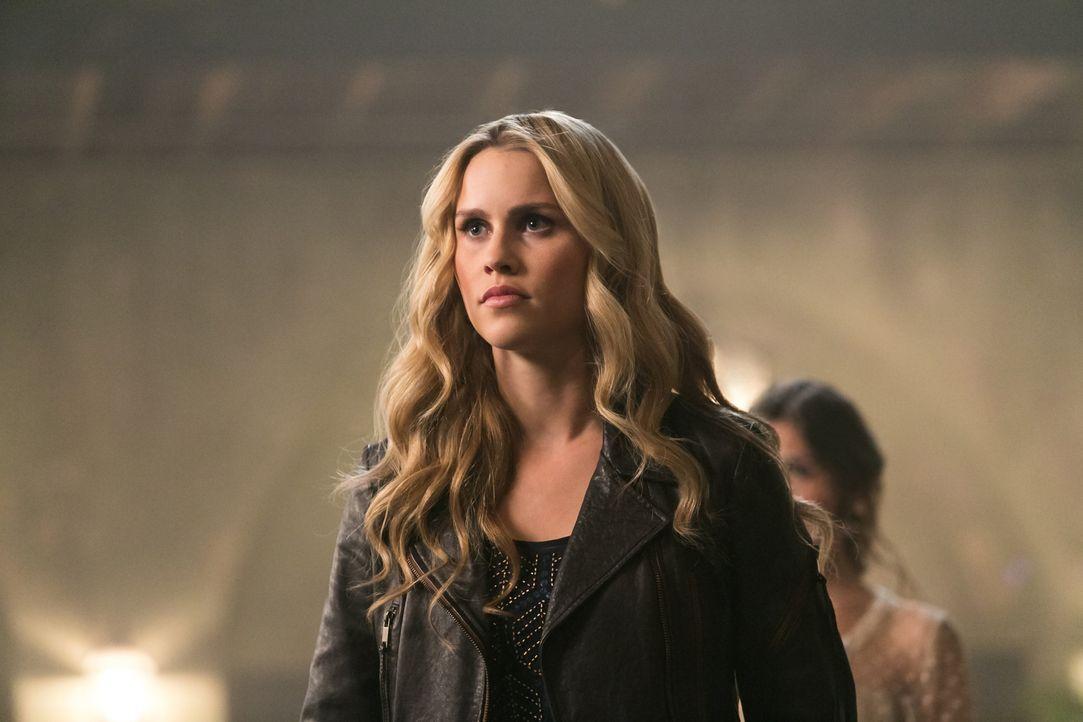 """Rebekah vertraut dem """"Boys Club"""" nicht - Bildquelle: Warner Bros. Entertainment Inc"""