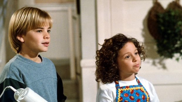 Simon (David Gallagher , l.) und seine Schwester Ruthie (Mackenzie Rosman, r....