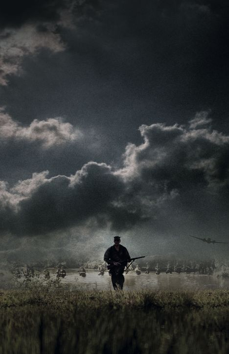 Über 500 Soldaten sitzen in japanischer Kriegsgefangenschaft. Eine Spezialeinheit unter Leitung von Colonel Mucci (Benjamin Bratt) soll sie in einer... - Bildquelle: Buena Vista International