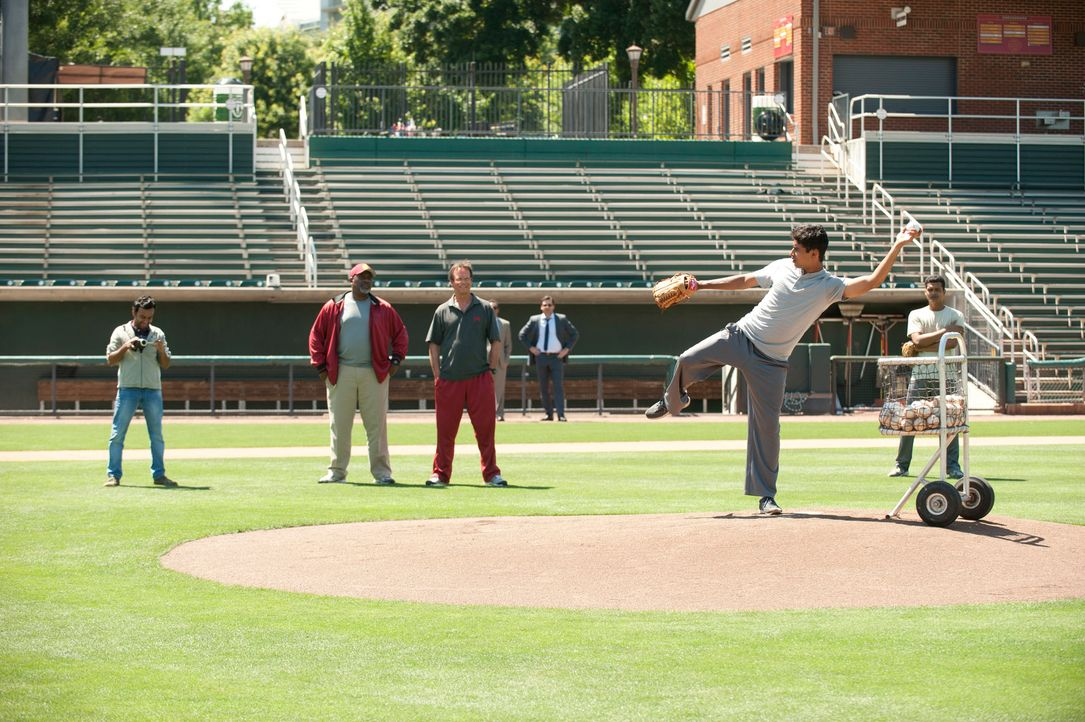 Million- Dollar- Arm-10-Disney-Enterprises