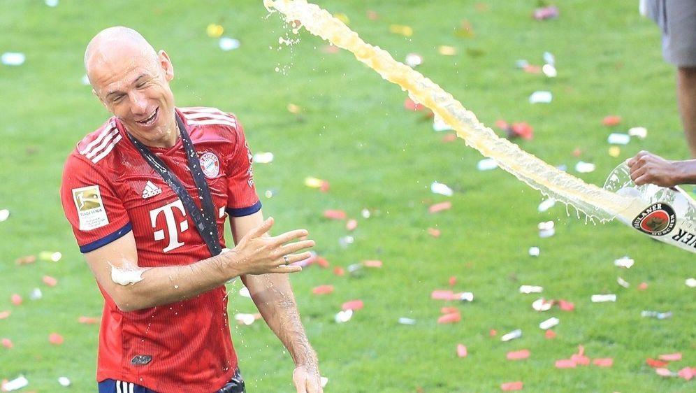 Arjen Robben hat seinen Vertrag bis 2019 verlängert - Bildquelle: PIXATHLONPIXATHLONSID