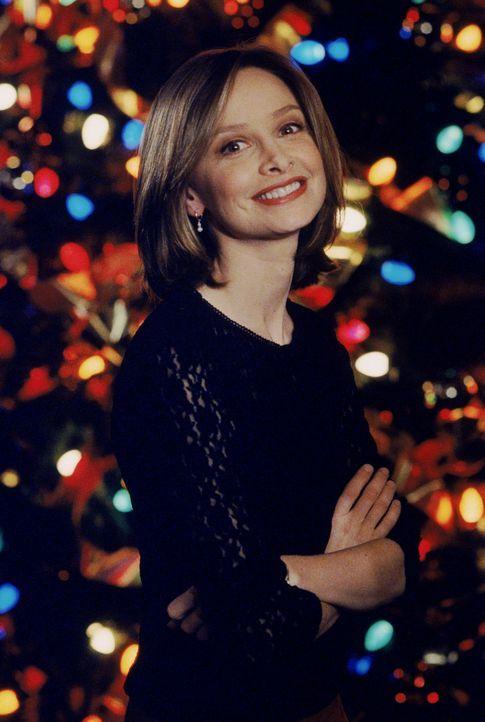 Die Weihnachtsfeier der Kanzlei ist in vollem Gange. Auch Ally (Calista Flockhart) nimmt natürlich daran teil ... - Bildquelle: Twentieth Century Fox Film Corporation. All rights reserved.