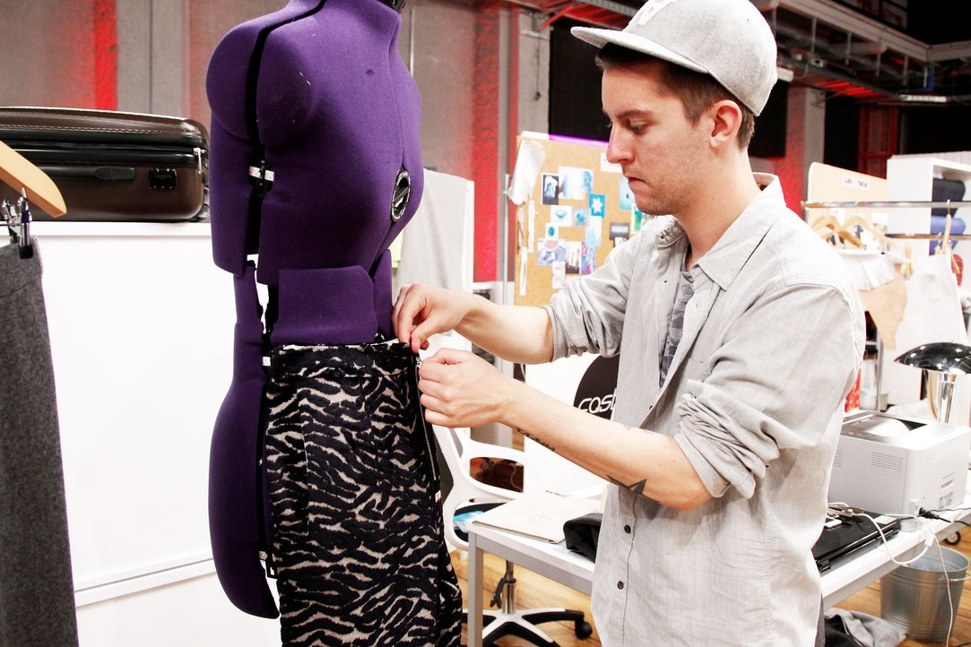 Fashion-Hero-Epi03-Atelier-70-Pro7-Richard-Huebner - Bildquelle: Richard Huebner