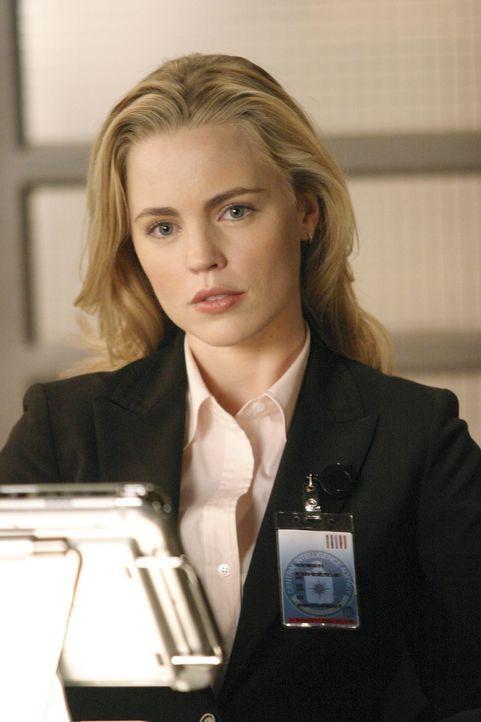 Bei den Ermittlungen geraten Sydney und Lauren (Melissa George) gelegentlich aneinander ... - Bildquelle: Touchstone Television