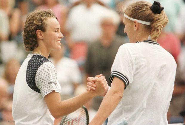 Steffi Graf gegen Martina Hingis (1996) - Bildquelle: getty