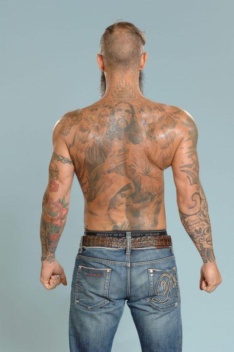Tattoos von Hans-Christian: Rücken - Bildquelle: sixx / Stefan Menne