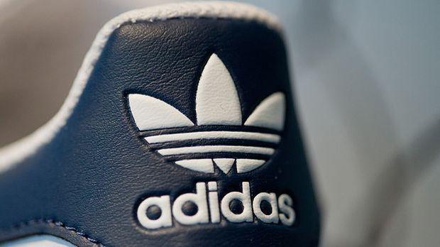 Adidas bläst zum Angriff