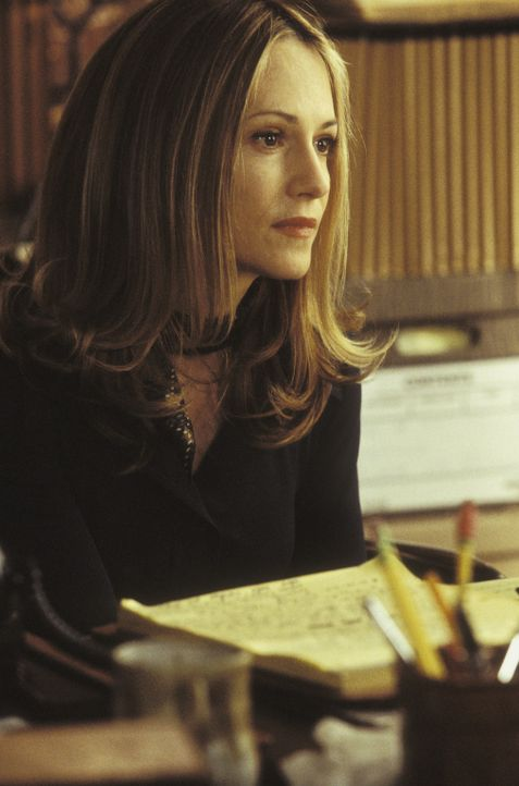 Die Anwältin der Floss': Mona Camp (Holly Hunter) ... - Bildquelle: Touchstone Pictures