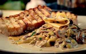 Ein perfektes Abendessen, wenn man keine Lust auf Fleisch hat: Pasta mit Pilz...