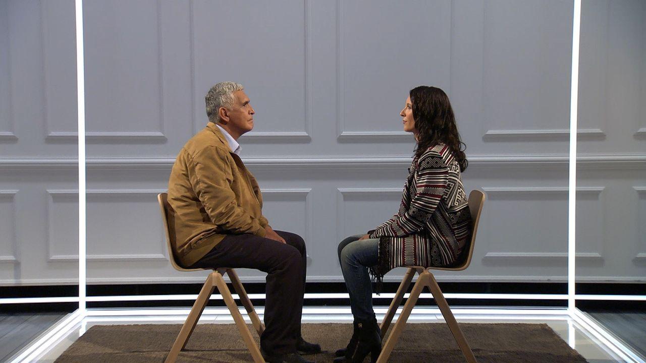Wie werden Tochter Maiba (r.) und Vater Rodrigo (l.) nach diesem Augenblick auseinandergehen? Werden sie sich verzeihen können? - Bildquelle: SAT.1