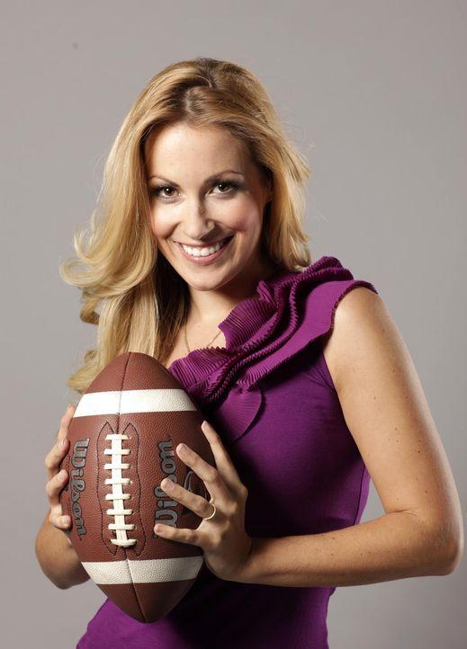 """Andrea Kaiser moderiert """"ran Super Bowl"""" - Bildquelle: SAT.1"""