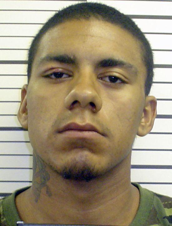 Der junge Carlos Christopher hatte keinen leichten Start ins Leben. Er wurde von seiner inhaftierten Mutter im Gefängnis geboren. Und dort landet er... - Bildquelle: 2013 Oxygen Cable LLC. ALL RIGHTS RESERVED.