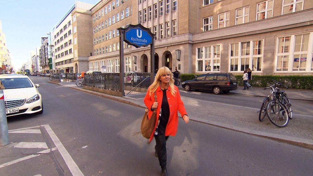 Auf der Suche nach Elviras Schwestern reist Julia Leischik (Bild) nach Schweden, doch wie werden die Frauen reagieren, wenn Julia ihnen eröffnet, da... - Bildquelle: SAT.1