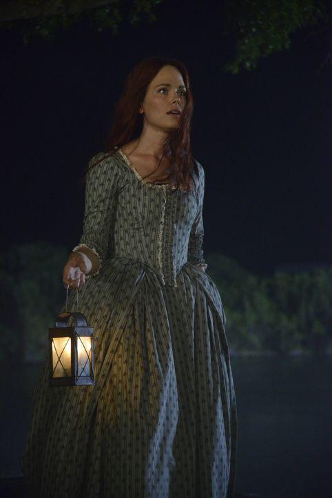 Wird es Katrina (Katia Winter) gelingen, die unglückliche Seele zu besänftigen? - Bildquelle: 2014 Fox and its related entities. All rights reserved.