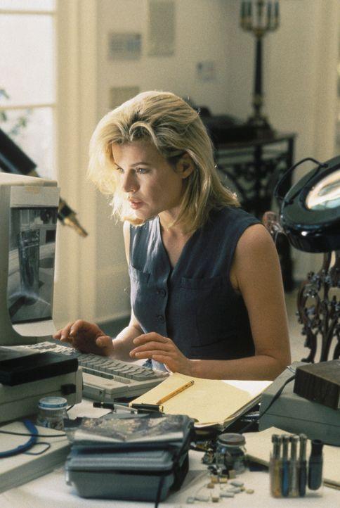 Sie muss in ihr altes Leben zurückkehren, um das neue mit ihrem Sohn beginnen zu können. Auf Karen McCoy (Kim Basinger) wartet noch ein hartes Stück... - Bildquelle: Universal Pictures