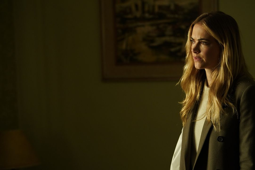 Ellie (Emily Wickersham) - Bildquelle: Cliff Lipson 2017 CBS Broadcasting, Inc. All Rights Reserved/Cliff Lipson