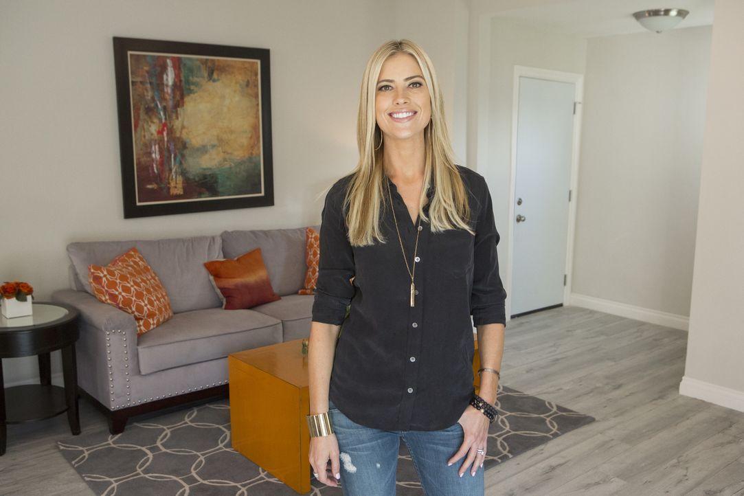 Mit einem Budget von $30,000 wollen Christina und ihr Mann ein heruntergekommenes Haus renovieren und es anschließend zu einem guten Preis verkaufen... - Bildquelle: Gilles Mingasson 2014,HGTV/Scripps Networks, LLC. All Rights Reserved