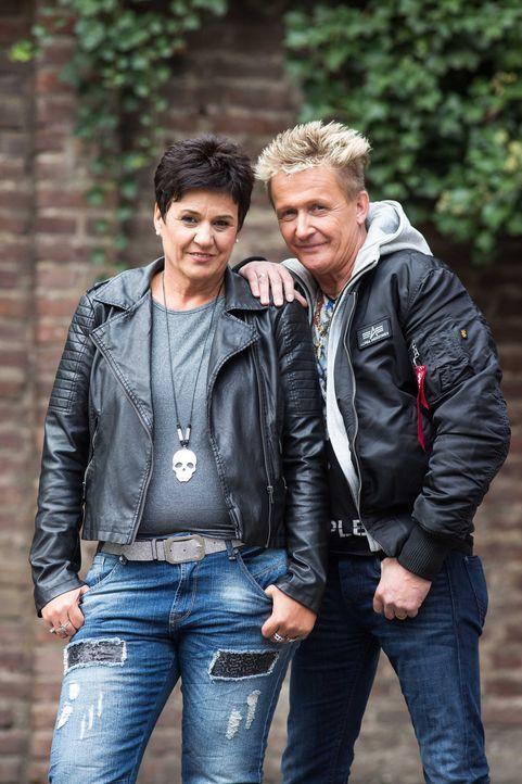 Kämpfen stets für das Recht ihrer Auftraggeber: die erfahrenen Detektive Miriam (l.) und Stefan Wolloscheck (r.) und deren Team ...