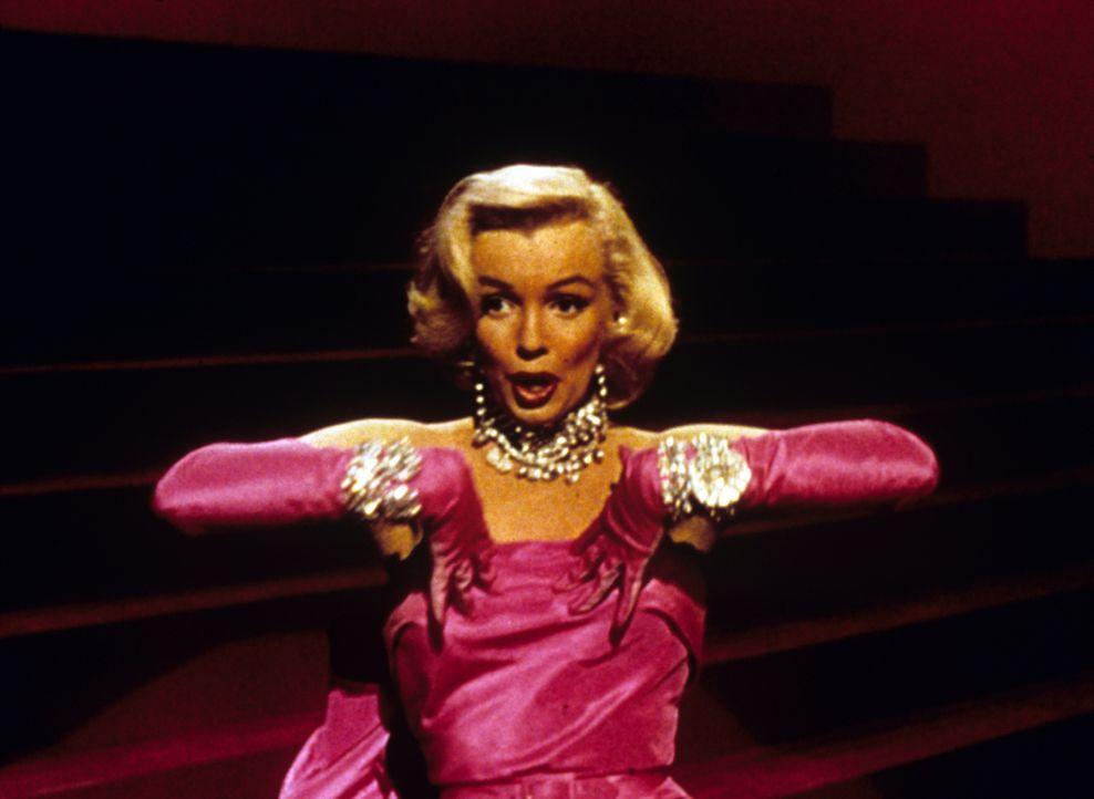 Für die blonde Lorelei (Marilyn Monroe) gibt es nur ein Objekt der Begierde: glitzernde Diamanten! - Bildquelle: 1953 Twentieth Century Fox Film Corporation.