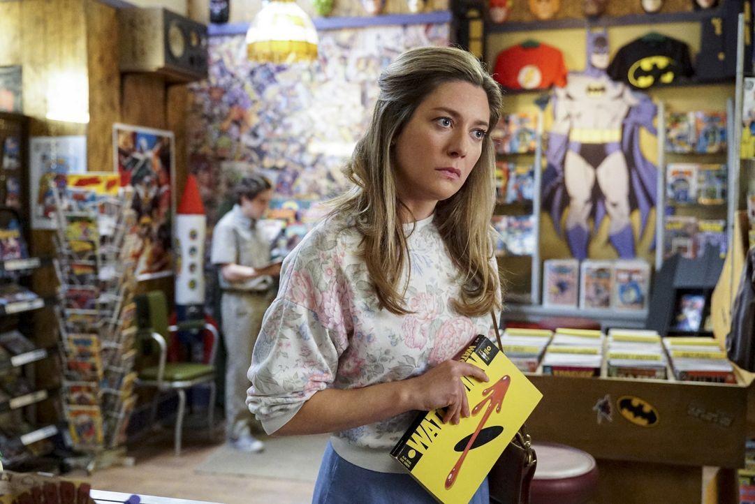 Mary (Zoe Perry) verbietet Sheldon ein Comic zu lesen, für das sie ihn zu jung hält. Nicht ahnend was für Folgen das haben wird ... - Bildquelle: Warner Bros. Television