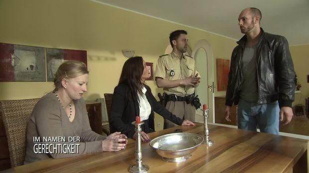 Im Namen Der Gerechtigkeit - Im Namen Der Gerechtigkeit - Staffel 1 Episode 196: Ruf Der Familie