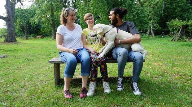 Projekt Superhund - Helfer Auf Vier Pfoten - Projekt Superhund - Helfer Auf Vier Pfoten - Retriever-hündin Emma Wird Majas Treue Begleiterin