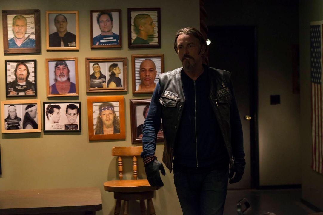 Chibs (Tommy Flanagan) ist sich sicher: Jax verheimlicht vor ihm so einiges ... - Bildquelle: 2013 Twentieth Century Fox Film Corporation and Bluebush Productions, LLC. All rights reserved.