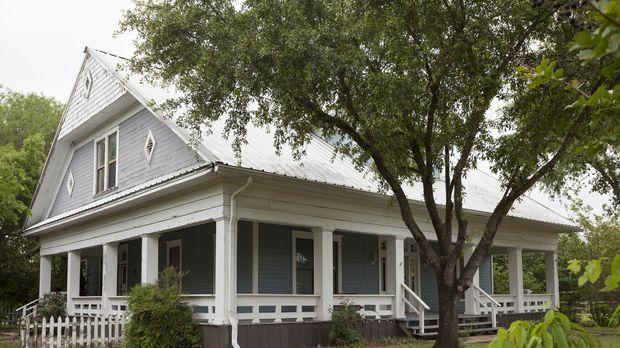 fixer upper umbauen einrichten einziehen das skandinavische farmhaus sixx. Black Bedroom Furniture Sets. Home Design Ideas