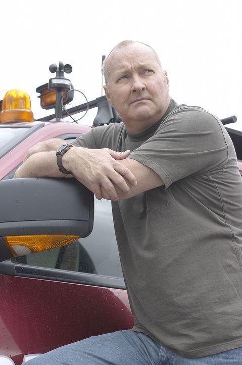 Stellt sich dem entfesselten Orkan: Tornado Tommy (Randy Quaid) .... - Bildquelle: Hallmark Entertainment