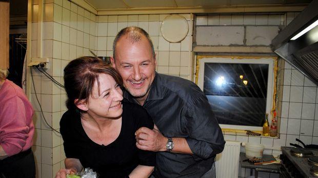 Kann Sternekoch Frank Rosin (r.) Connys (l.) Restaurant vor der Pleite bewahr...