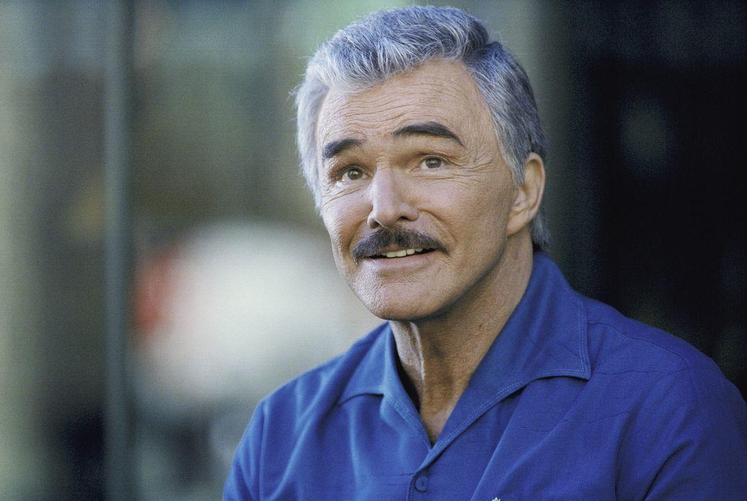 Mr. Burt (Burt Reynolds) ist ein Berufsspieler, der das FBI auf eine heiße Spur bringt ... - Bildquelle: Twentieth Century Fox Film Corporation. All Rights Reserved.