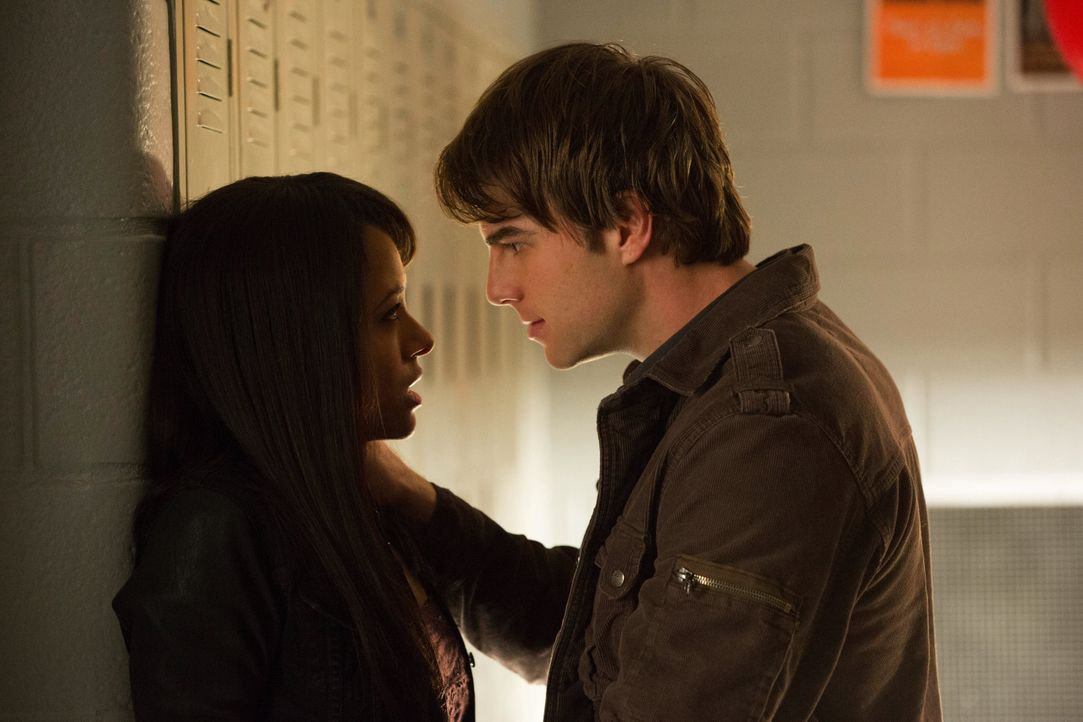 Bonnie Bennett und Kol  - Bildquelle: Warner Bros. Entertainment Inc.