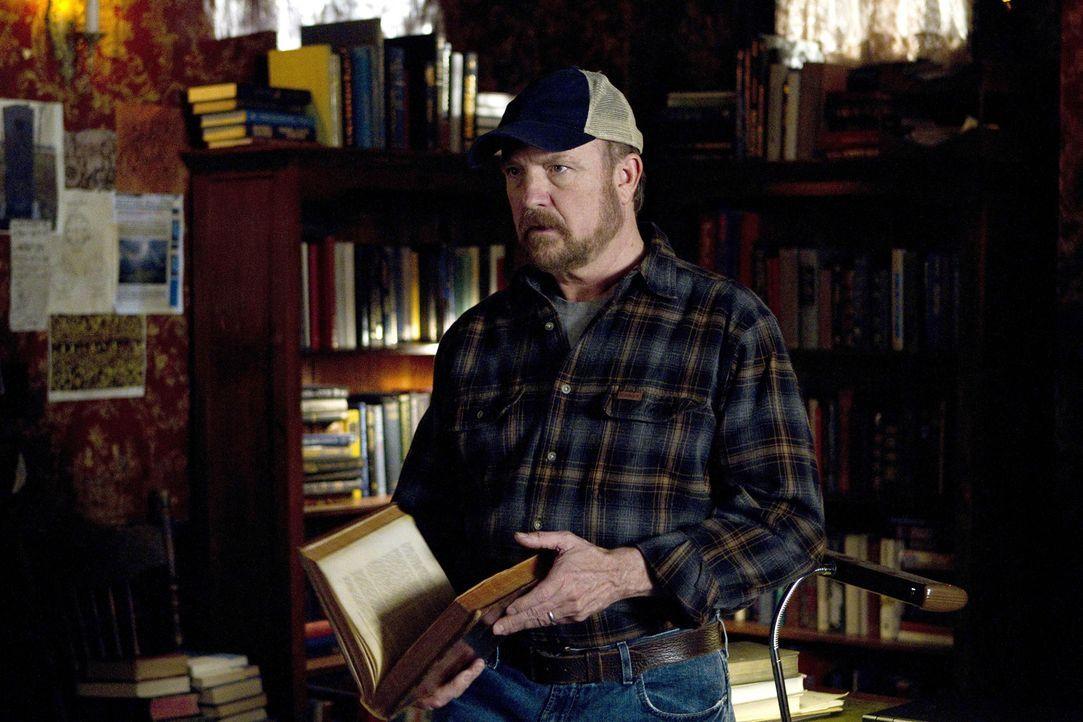 Wird Bobby (Jim Beaver) es schaffen, über den Tod seinen Freundes hinwegzukommen, oder wird er noch viel größere Verluste erleiden? - Bildquelle: Warner Bros. Television