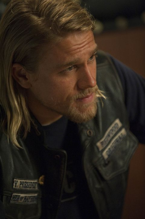 Immer wieder hat Jax (Charlie Hunnam) seine Zweifel, was die Methoden des Clubs angeht ... - Bildquelle: 2009 Twentieth Century Fox Film Corporation and Bluebush Productions, LLC. All rights reserved.