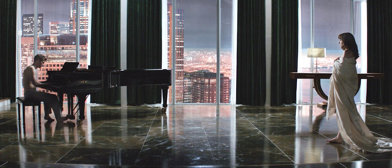 Fifty-Shades-of-Grey-Trailer-02-Universal-Pictures-International  - Bildquelle: Universal Pictures International