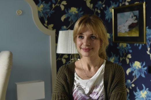 Mila - Als Mila (Susan Sideropoulos) die Ehe ihrer Eltern hinterfragt, erkenn...