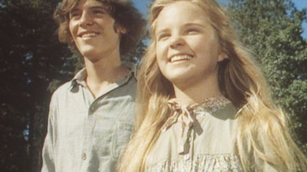 John (Radames Pera, l.) und Mary (Melissa Sue Anderson, r.) sind überrascht,...